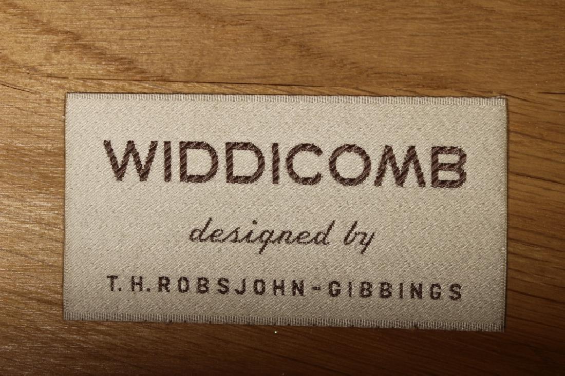 T.H. Robsjohn Gibbings/ Widdicomb Night Tables - 4