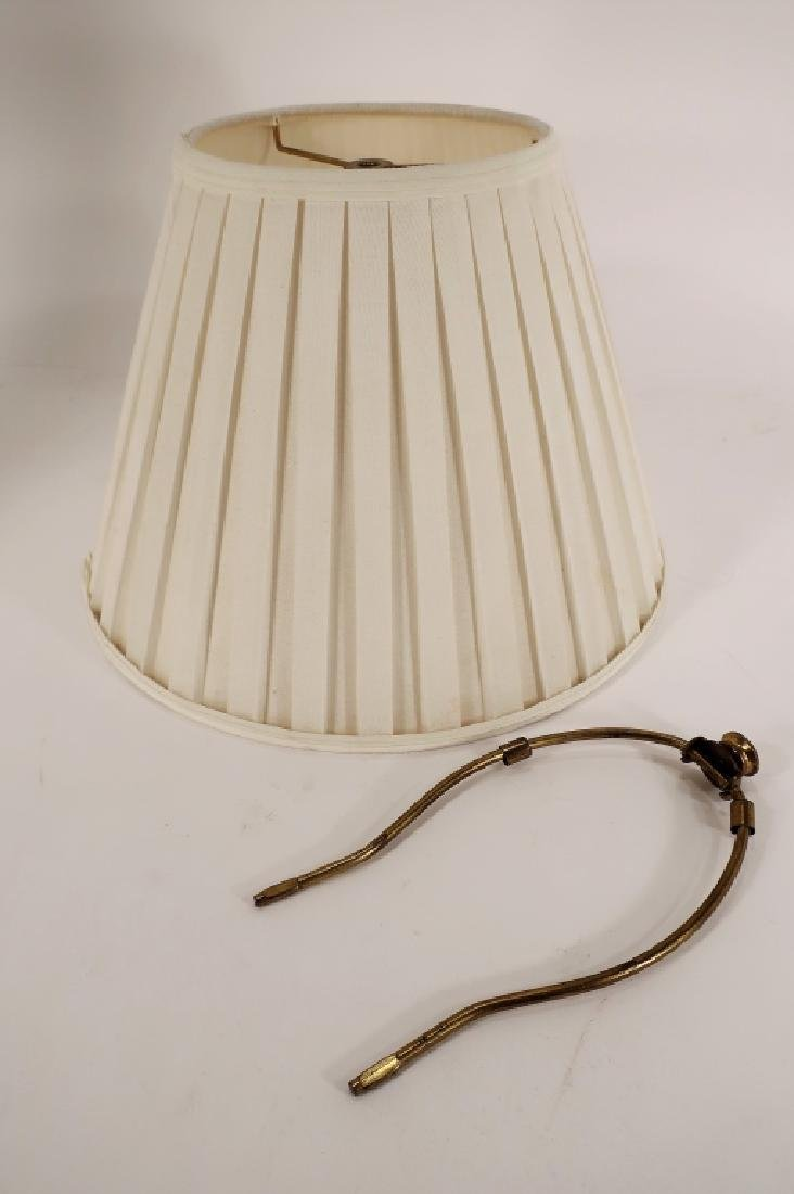 Italian Ceramic Monkey Table Lamp 20th C. - 7
