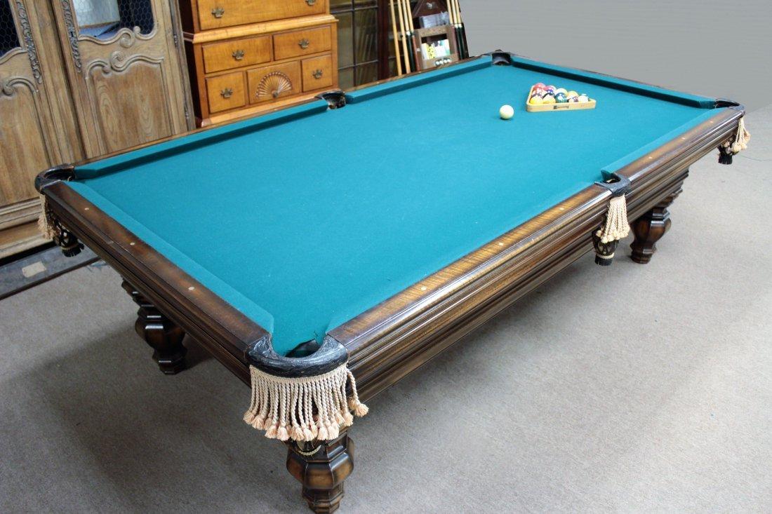 Brunswick Pool Table. Later 20th c. - 3