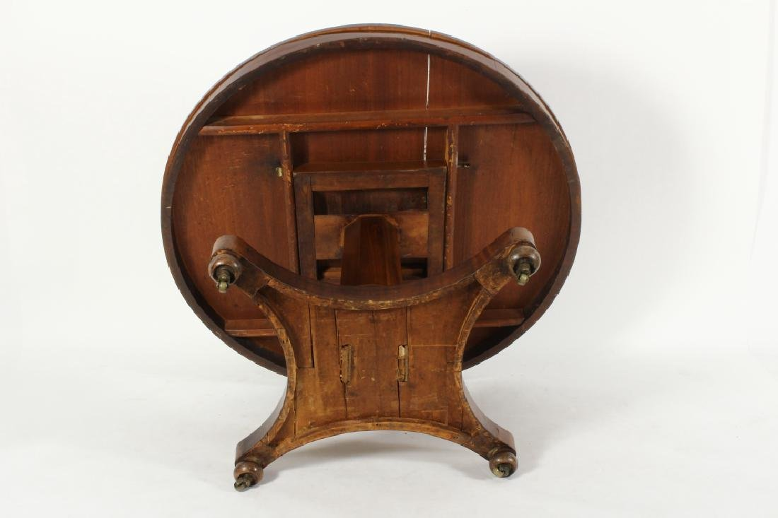 American Empire Mahogany Round Center Table, c. 18 - 7