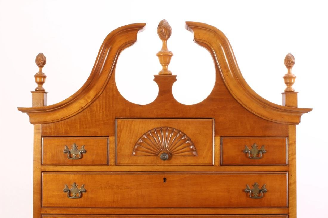 Chippendale Style Highboy Tiger Maple, 20th c. - 4