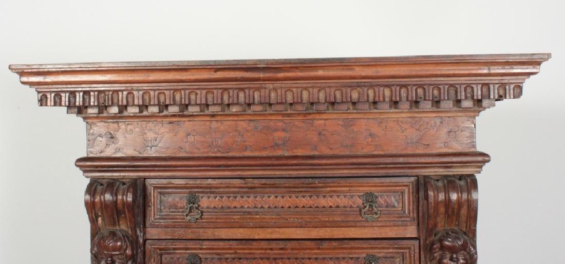 Italian Baroque Bambocci Walnut Writting Cabinet - 4