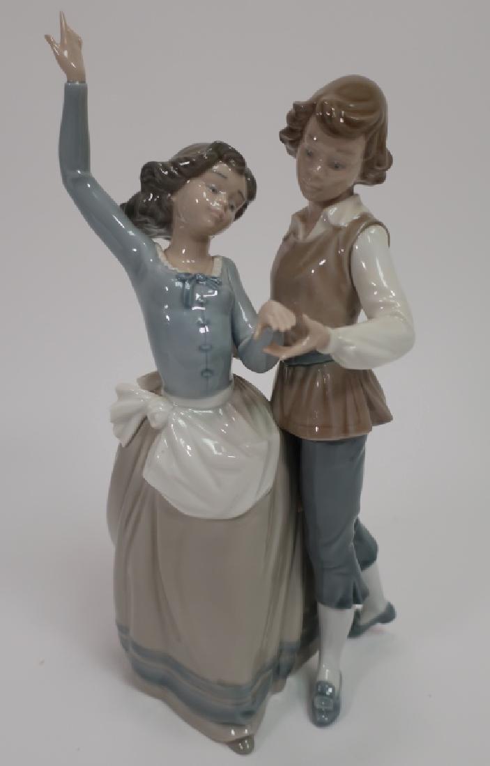 Llado Figurine, Baile aldeano