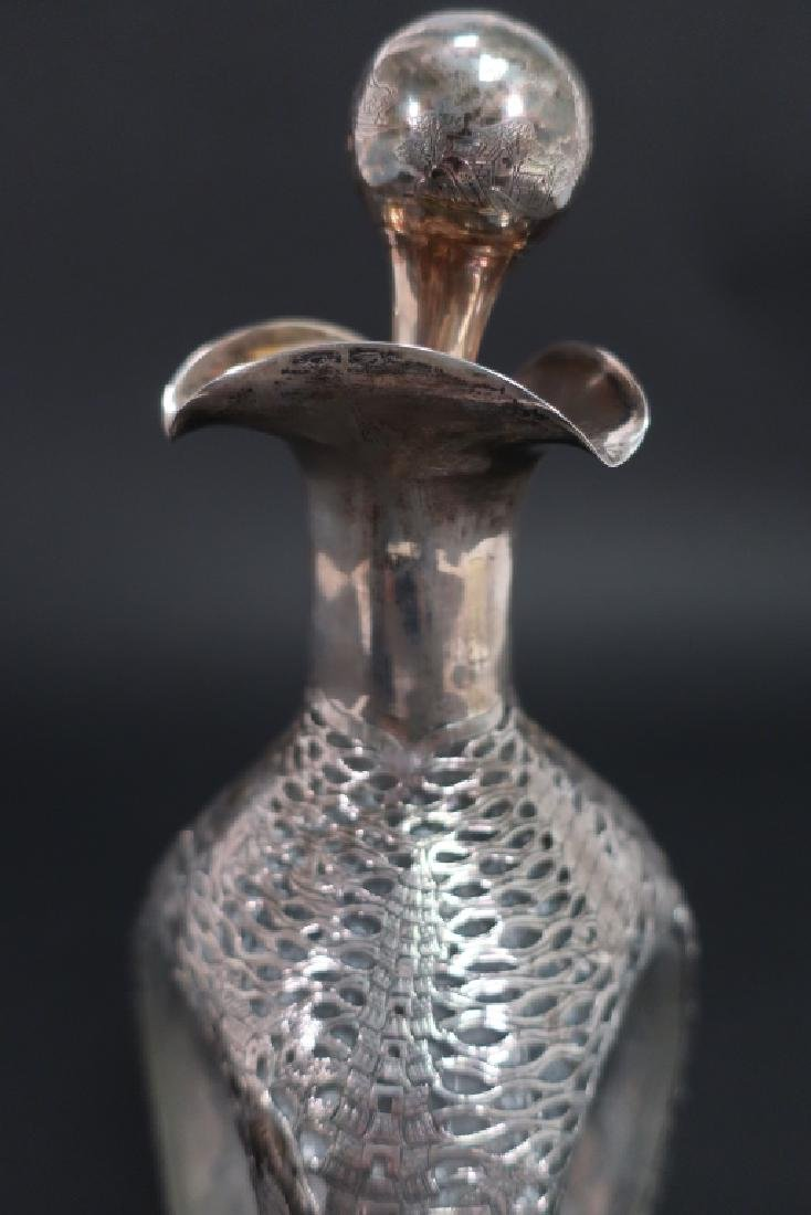 Chinese Export Silver Overlay Glass Decanter, 1910 - 4