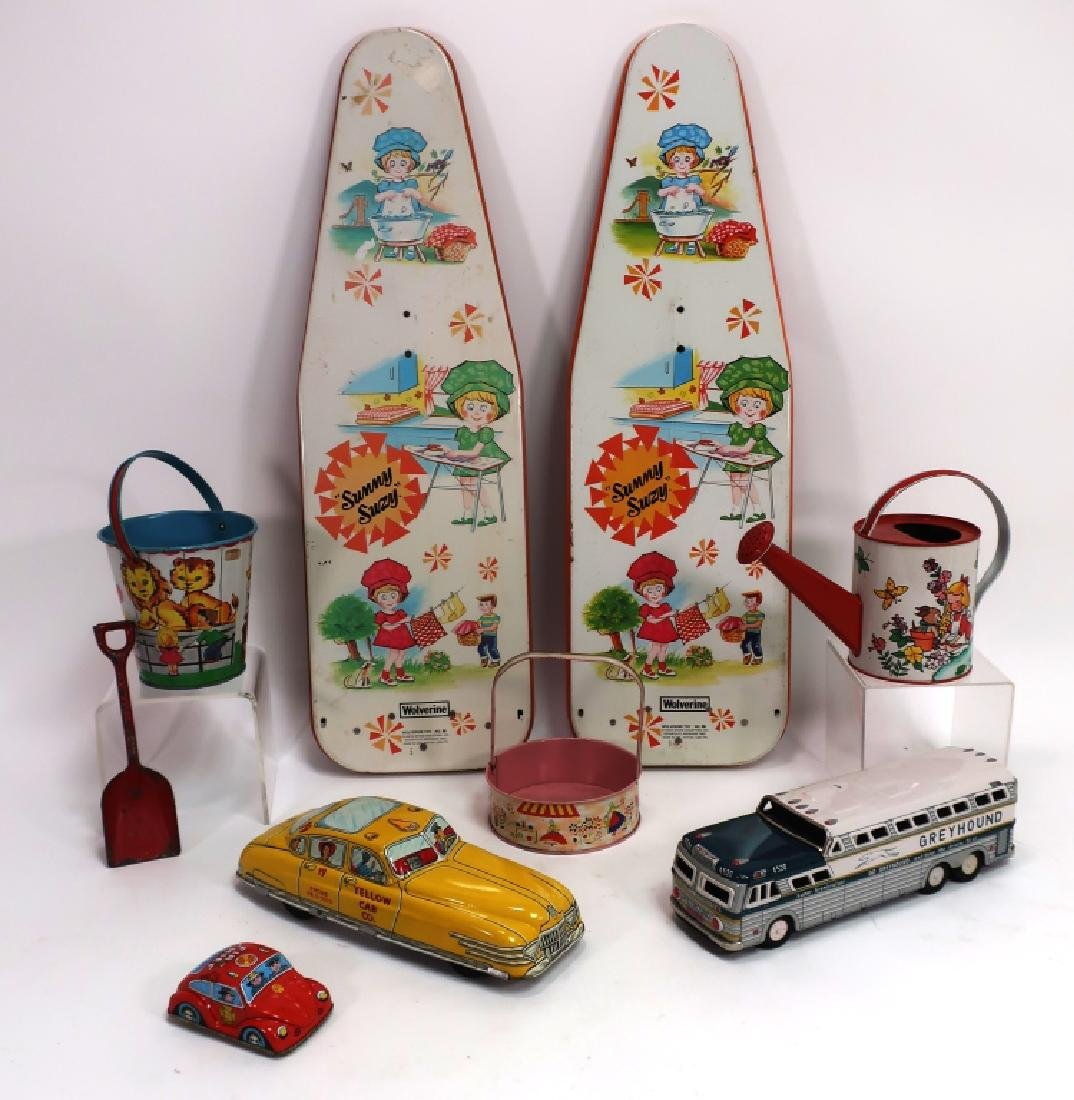 Lot of 8 Vintage Painted Tin Toys