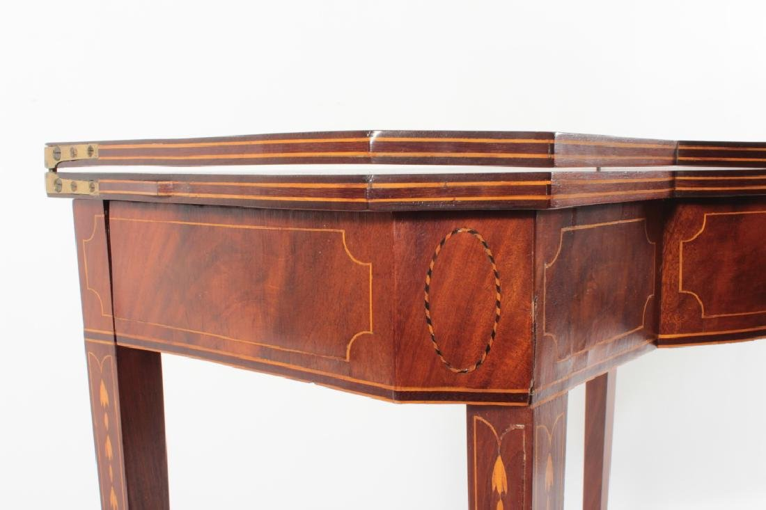 Federal Mahogany Folding Games Table, Bell Flowers - 2