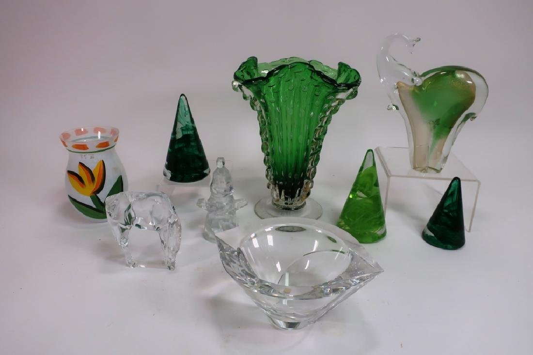 Lot of 9 Decorative Glass Items, incl. Kosta Boda