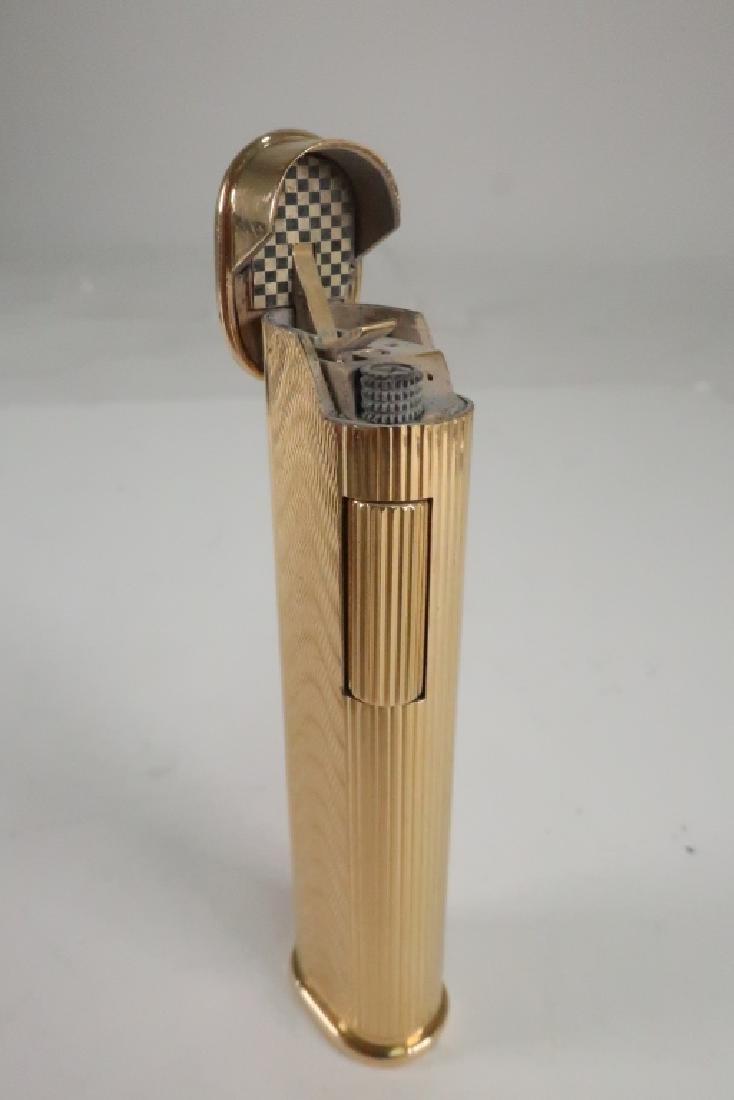 18k Gold Engraved Wave Motif Dunhill Lighter - 3