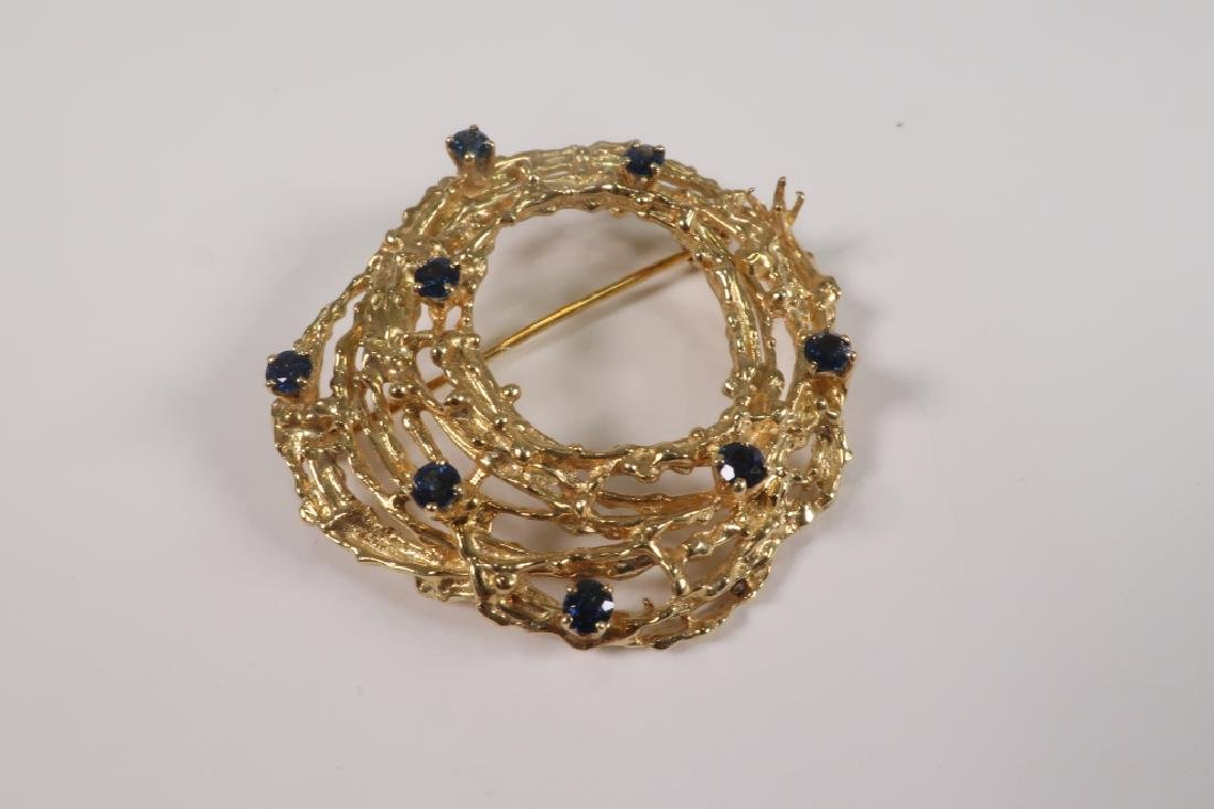 18 K Gold Brooch with Nine Sapphires 17.7 Grams - 2