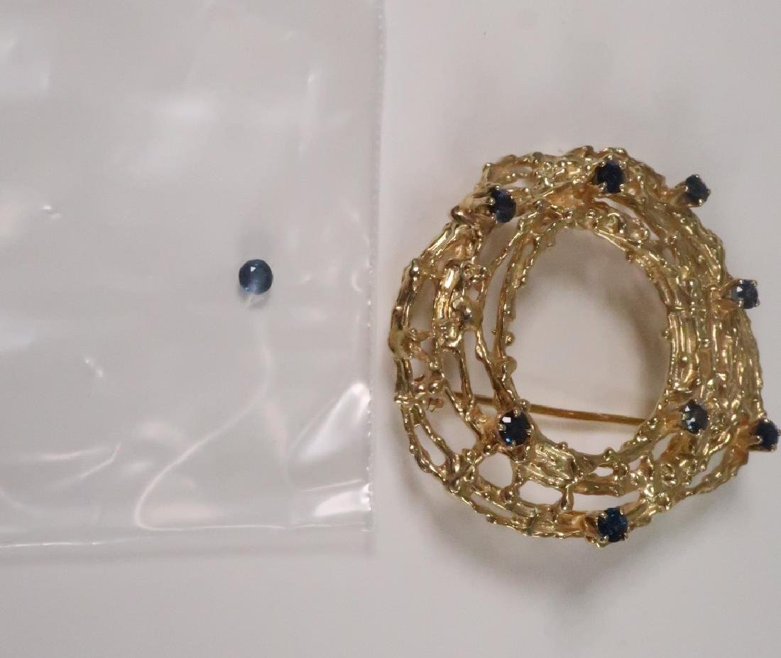 18 K Gold Brooch with Nine Sapphires 17.7 Grams - 5