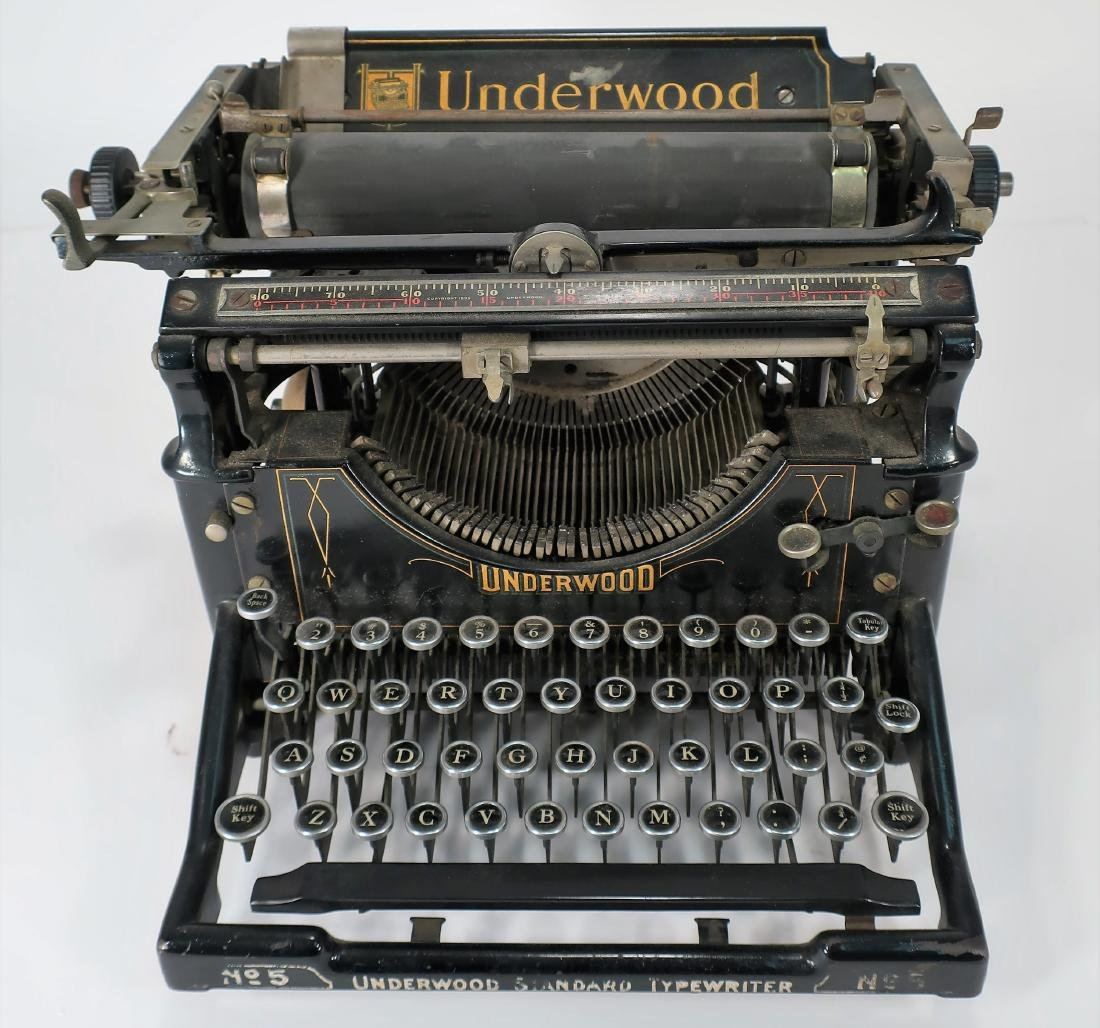 Vintage Underwood Portable Typewriter
