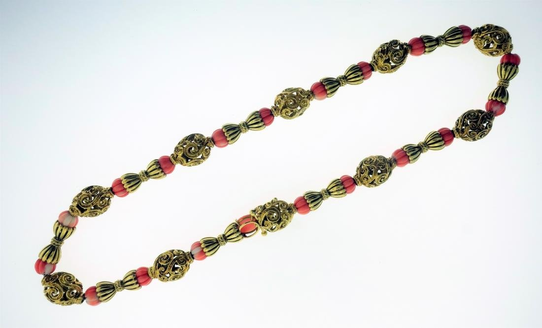 18k Yellow Gold & Coral Necklace