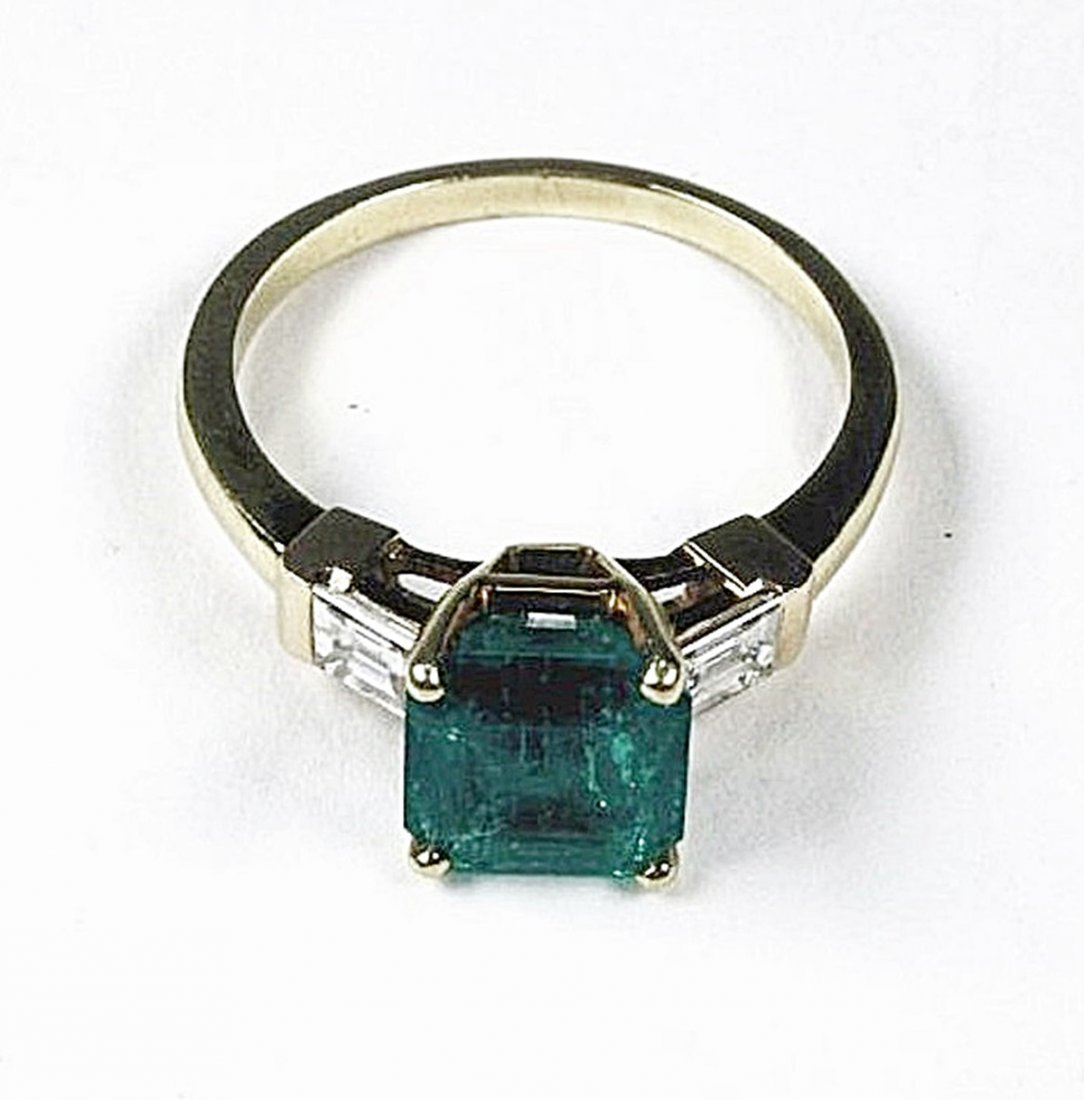 Emerald and Diamond Ring - 3