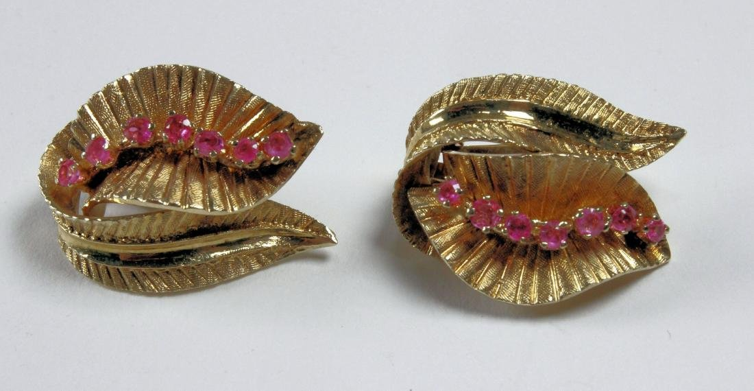 14K Gold and Ruby Pin and Earrings - 3