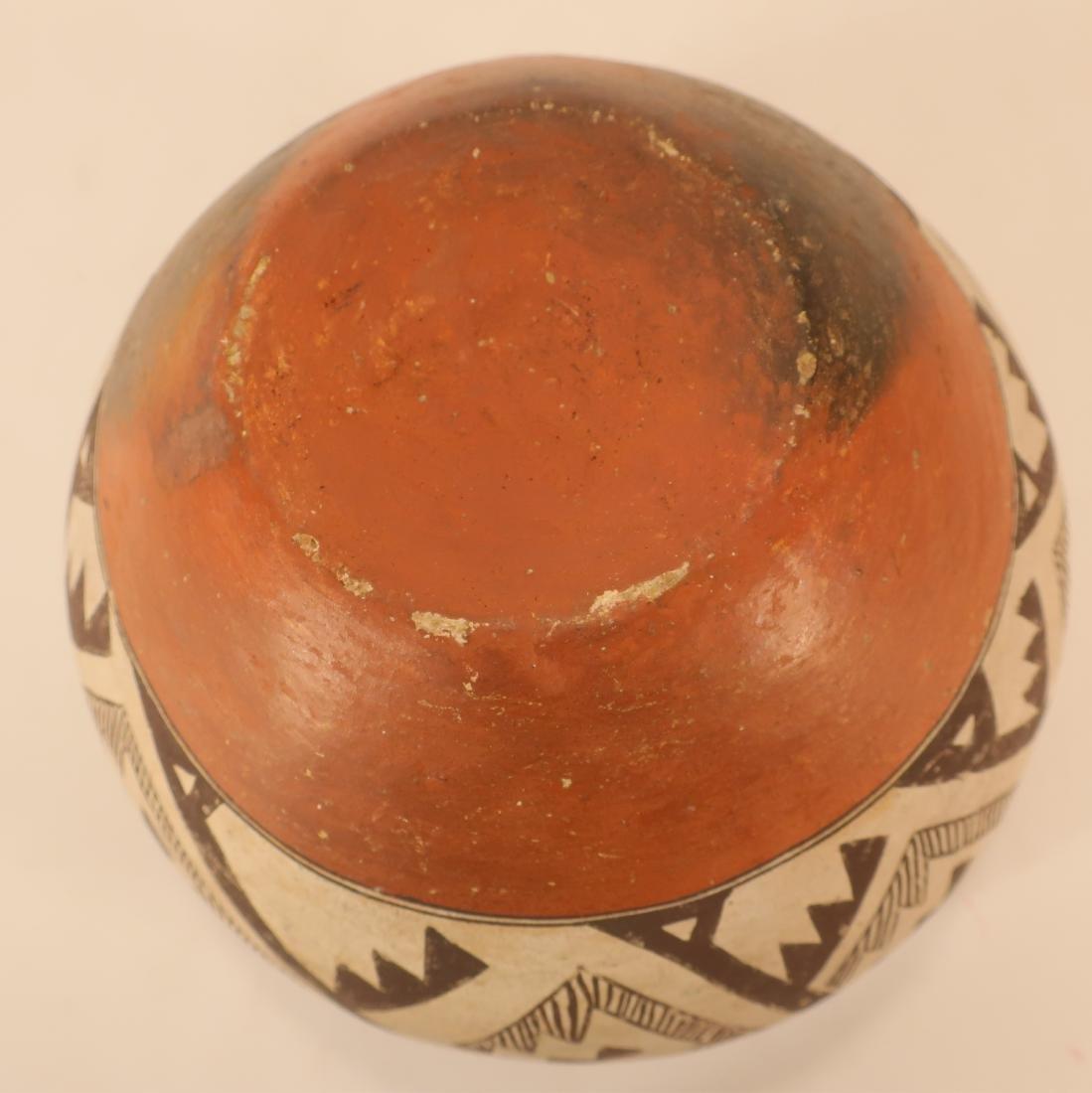 Anasazi Pottery Jar w Geometric Designs L 19th c - 4