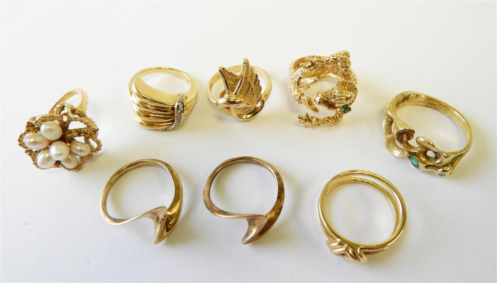 Group of (8) 14k Gold Rings