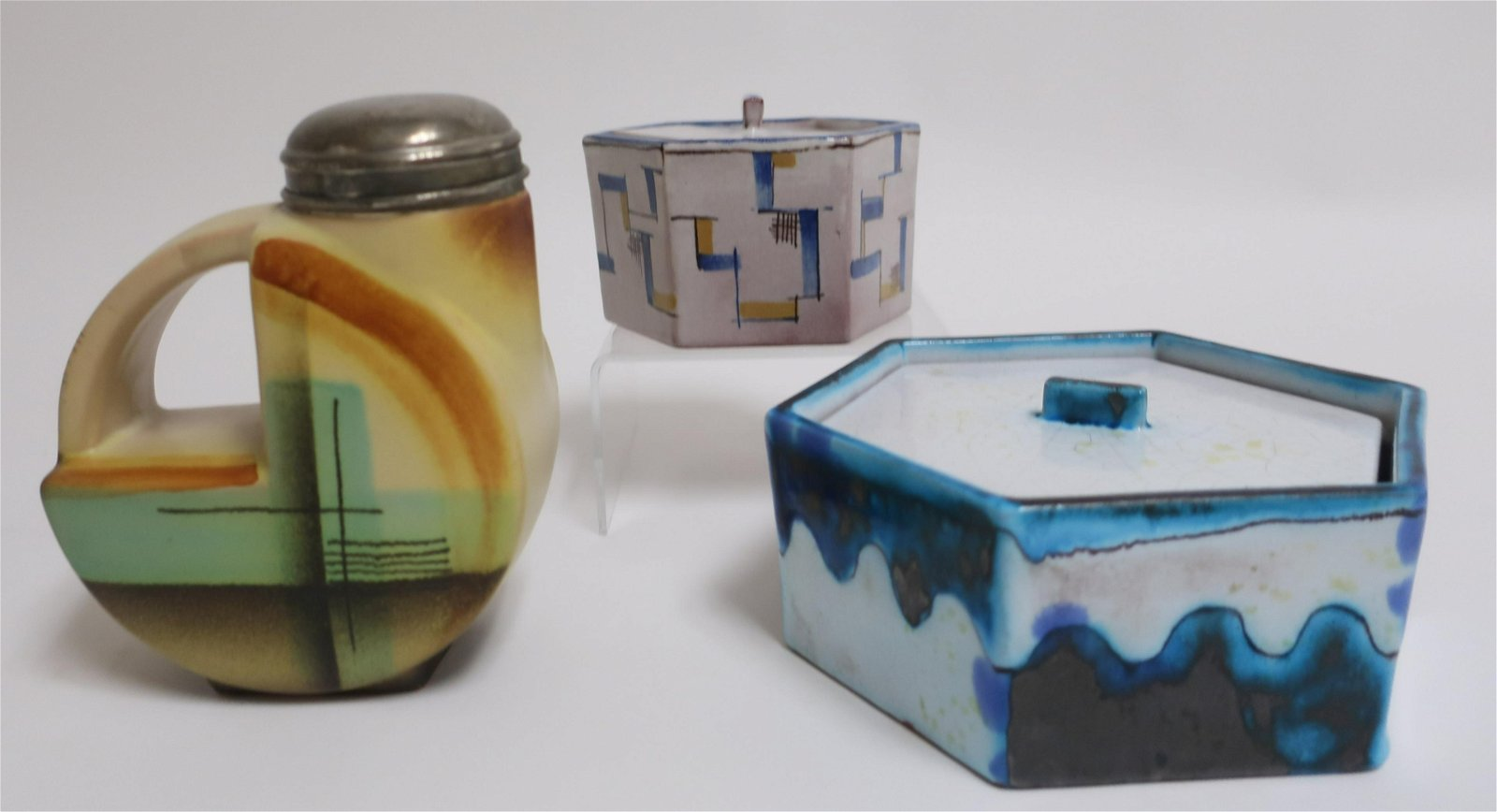 2 Ludwig Kurig Karlsruhe Boxes & Vase