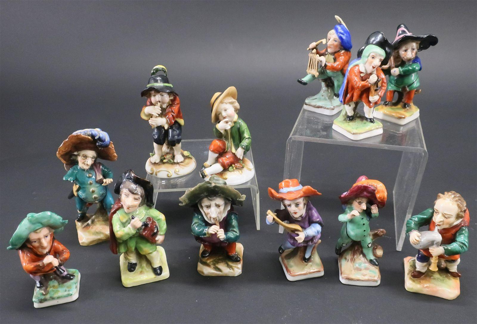 12 Capodimonte Porcelain Musicians / Figures