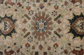 Indian Carpet Grey/beige Background