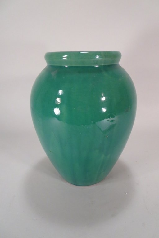 Mid-C Art Pottery Vase by Nelson McCoy