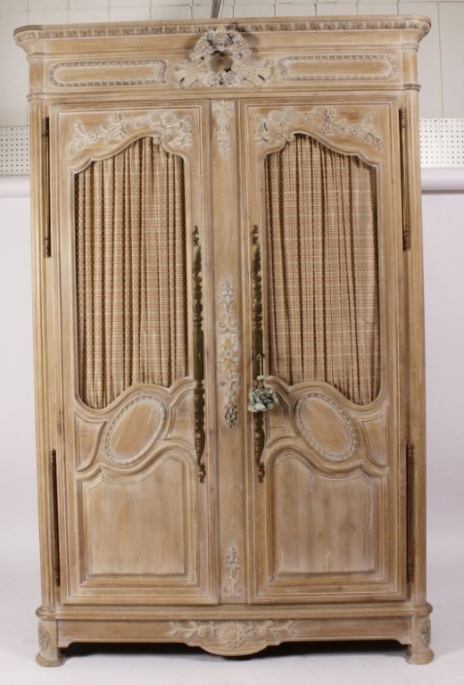 Auffray & Co Country French Armoire