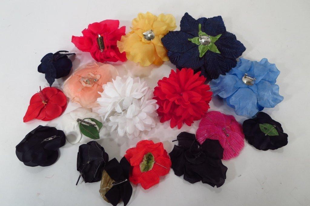 15 Flower Pins