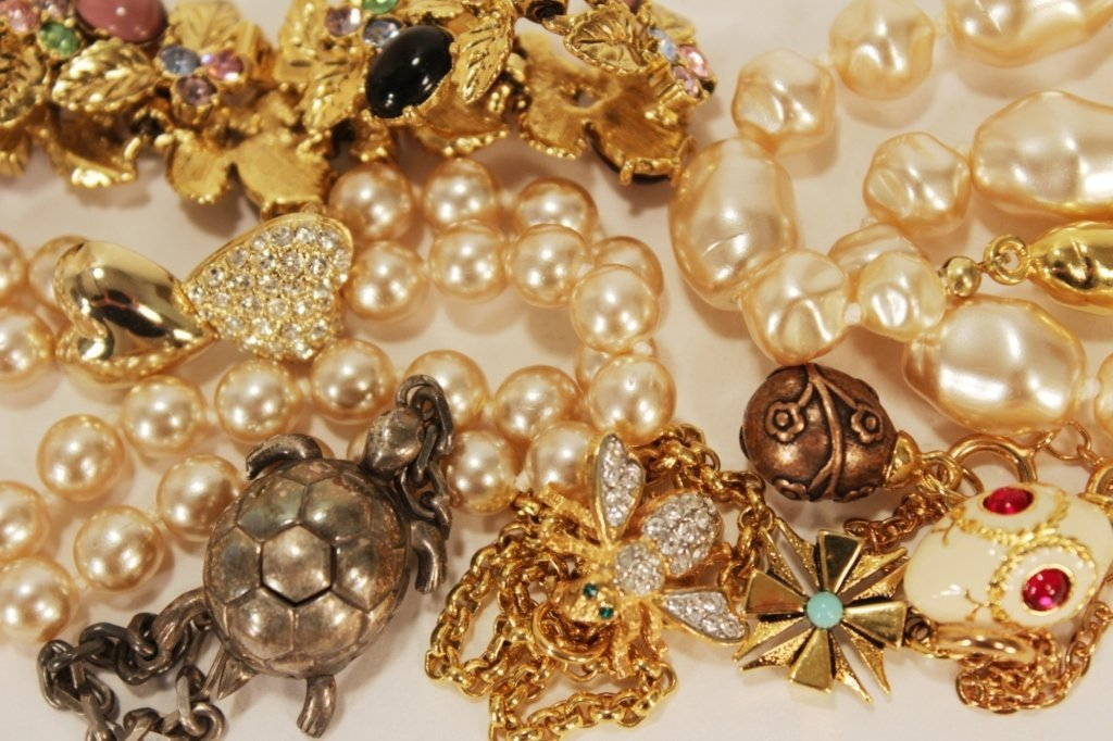 Lot of Pearl and Beaded Bracelets