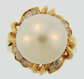 18K Gold South Sea Button Pearl & Diamond Ring