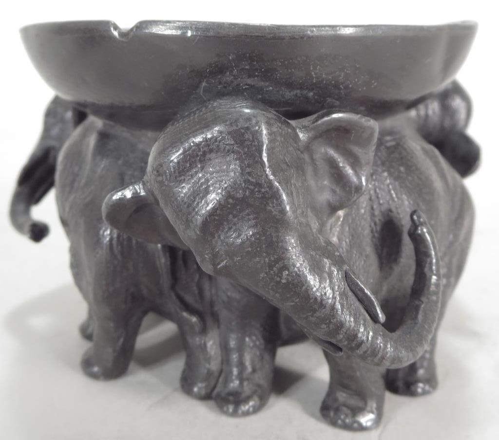 2 Metal Pcs: Elephants Bowl and Frogs Disk - 3