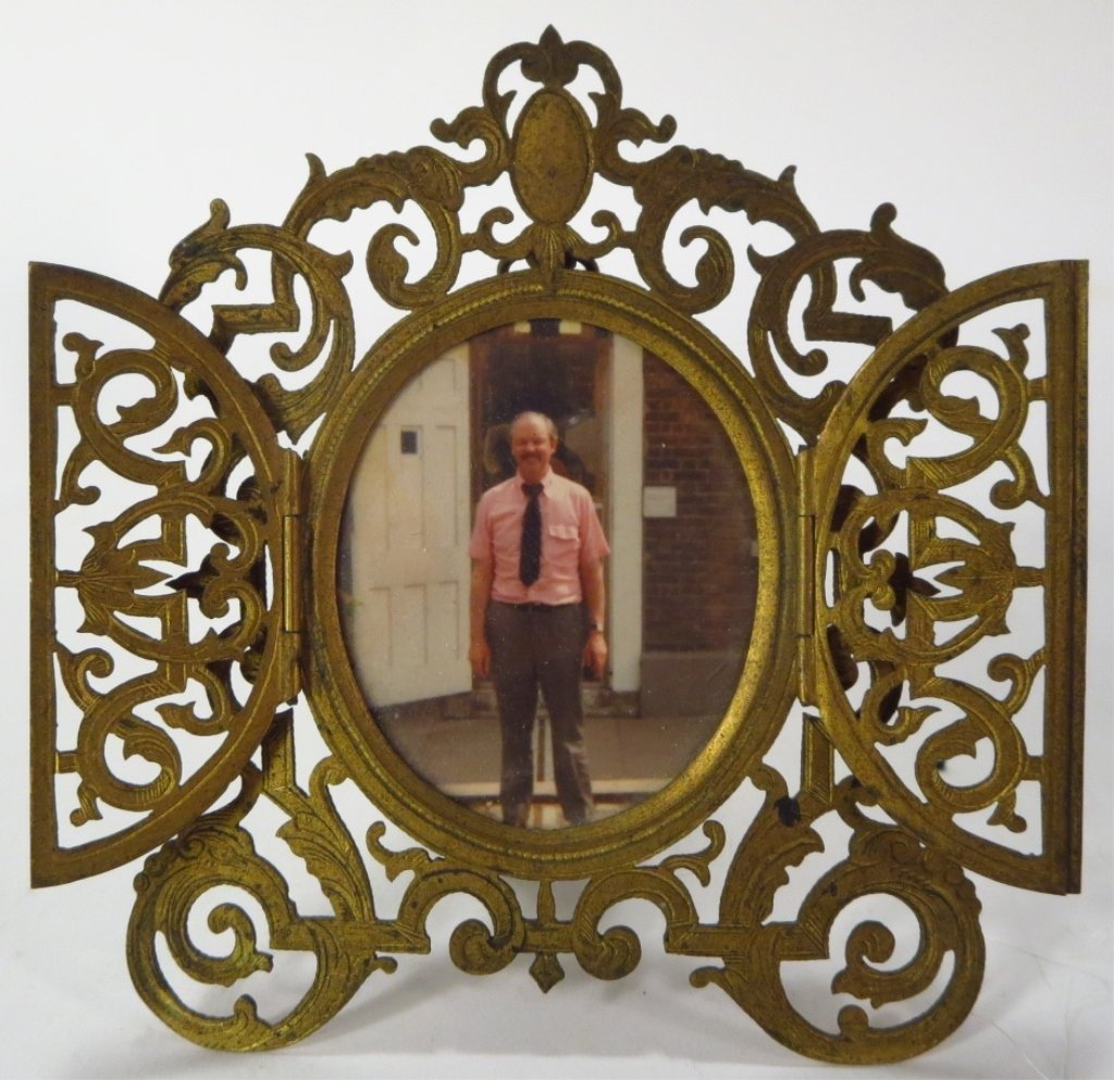 Bronze Oil Lamp and Brass Frame - 2