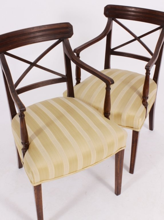 Set of 8 George III / Regency Chairs early 19th C. - 4