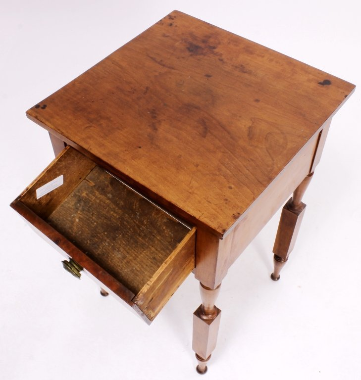 American Maple Side Table, 19th C., - 4