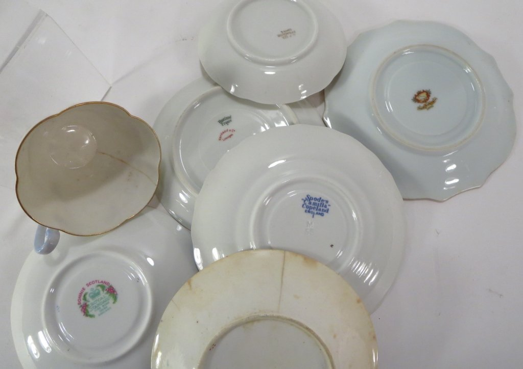Assorted group of 16 Teacups and Saucers - 3