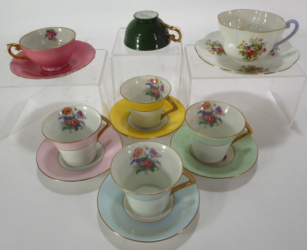Assorted group of 16 Teacups and Saucers - 4