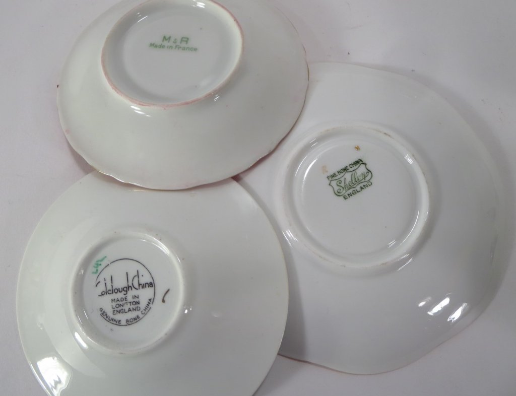 Assorted group of 16 Teacups and Saucers - 5