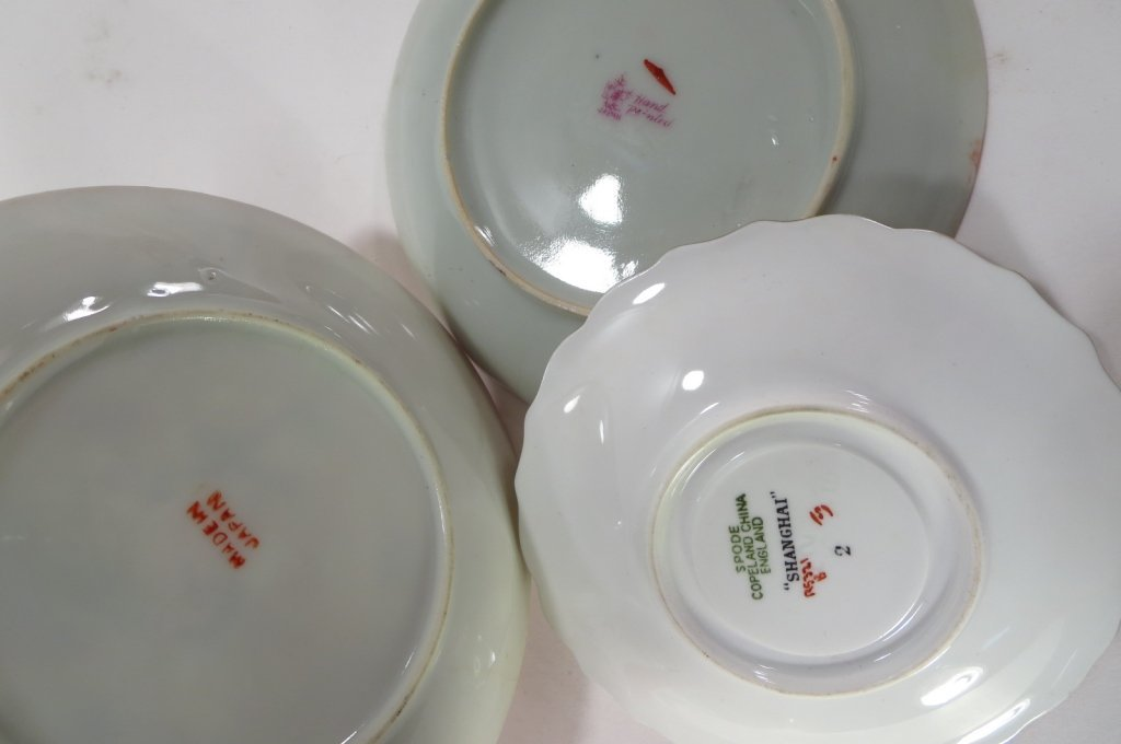 Assorted group of 16 Teacups and Saucers - 7