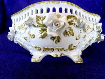 Italian NOVE Majolica Reticulated CENTER BOWL