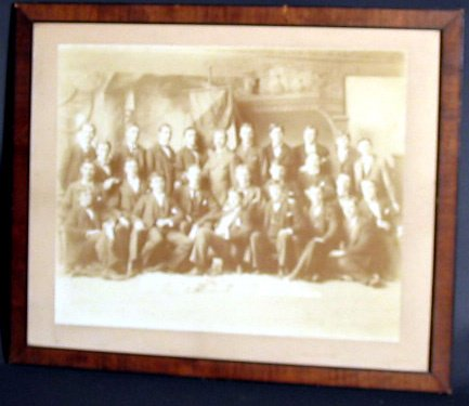 18: EARLY PRINT OF A MEN'S CLUB