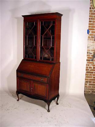 MAHOGANY ENGLISH SEC/BOOKCASE WITH FITTED INTERIOR