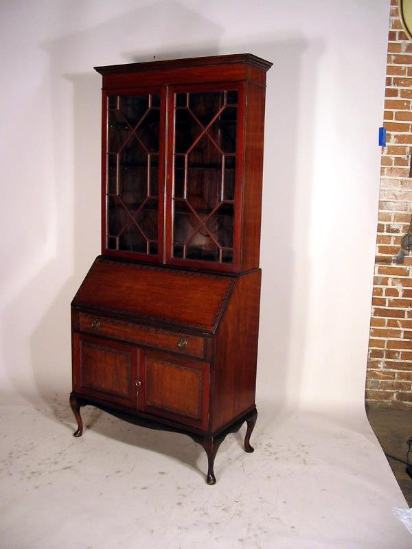 512: MAHOGANY ENGLISH SEC/BOOKCASE WITH FITTED INTERIOR