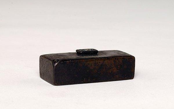353: 19C Japanese Bronze Rectangular Water Dropper