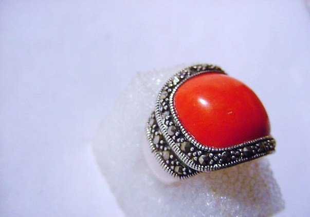 VINTAGE STERLING CORAL RING SIZE  6