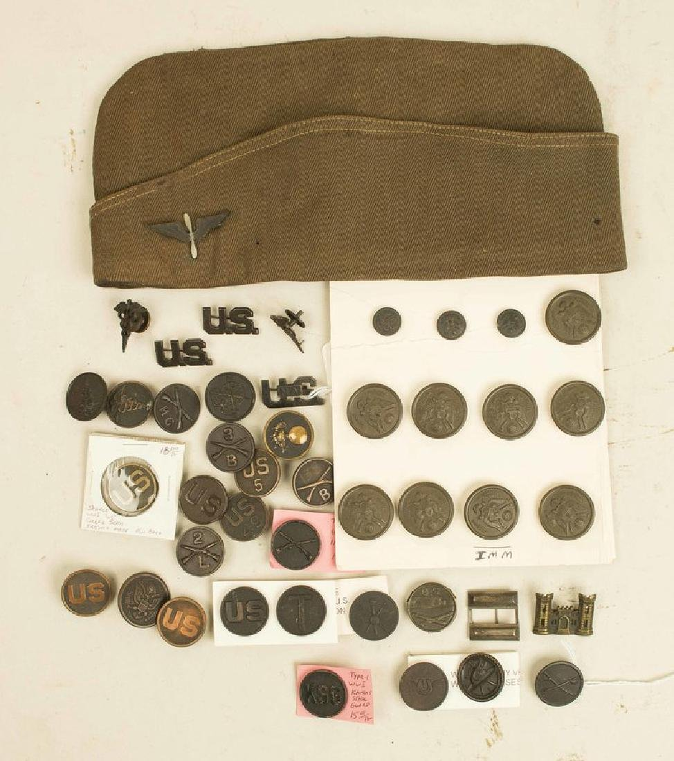 US WWI Collars, Hat, Badges and Insignia