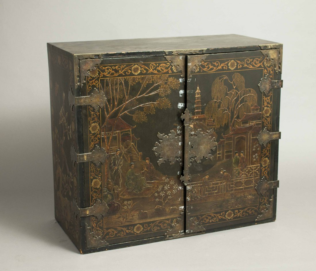 Chinoiserie Lacquer Chest