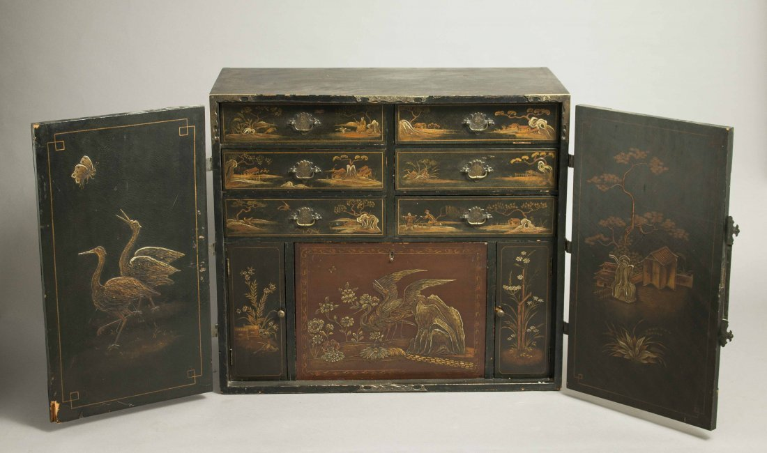 Chinoiserie Lacquer Chest - 2
