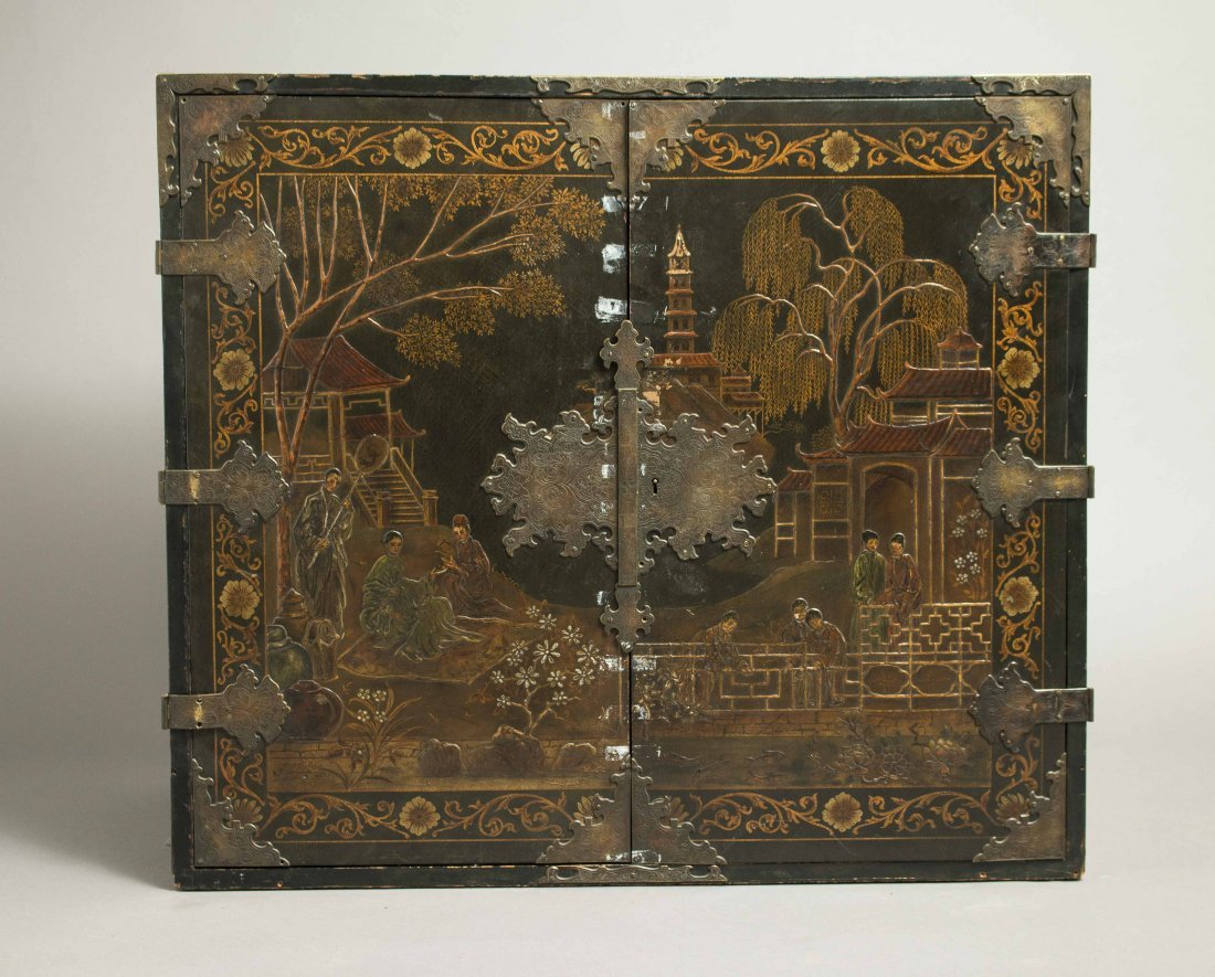 Chinoiserie Lacquer Chest - 3