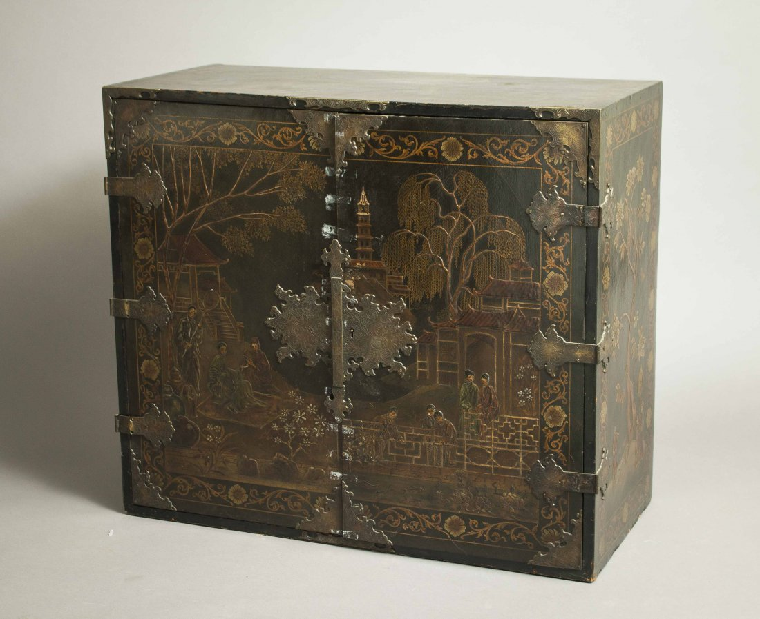 Chinoiserie Lacquer Chest - 6