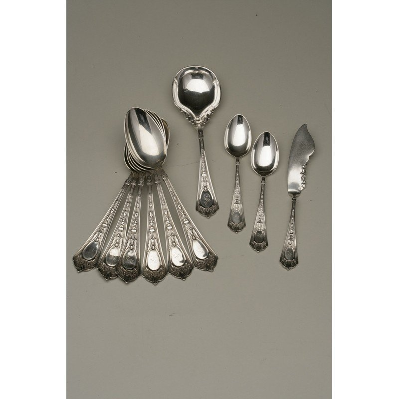 Shreve & Co. (1852-present) Assorted Sterling Flatware