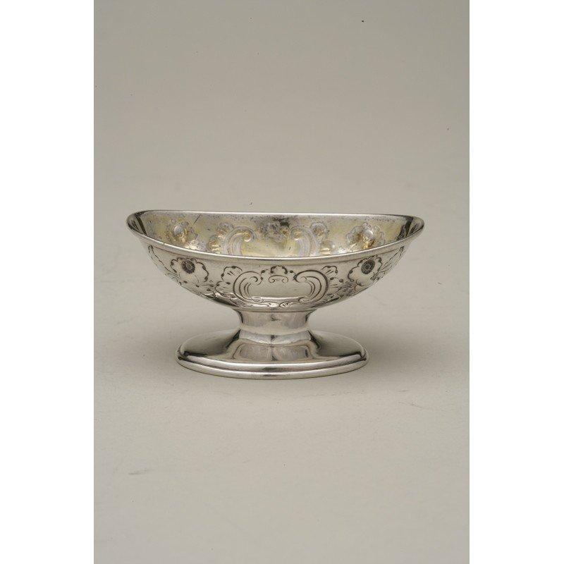 George Ladd (1856-1861) Silver Nut Dish - 3
