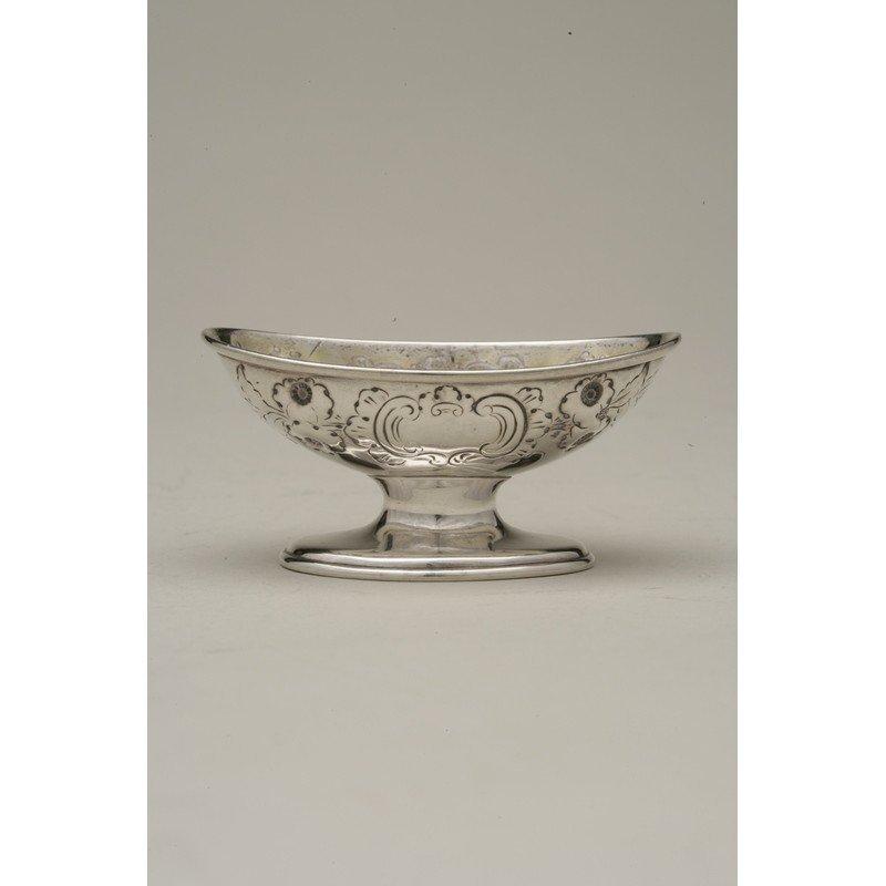 George Ladd (1856-1861) Silver Nut Dish - 4